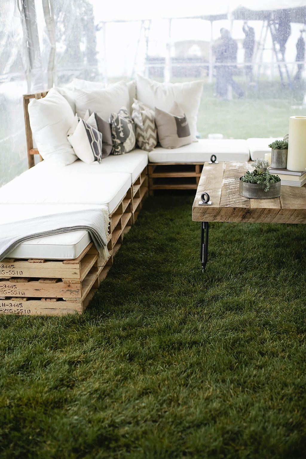 14 Amazing Diy Pallet Furniture Practical Outdoor Antique Of Reclaimed Wood Coffee Tables