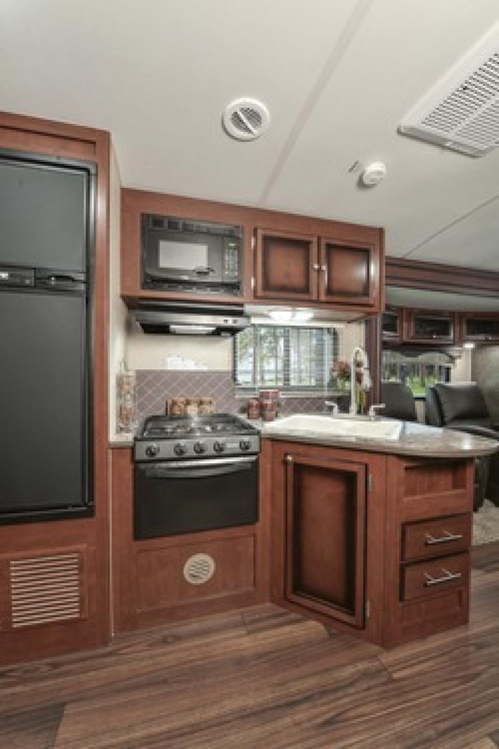 2015 Heartland Wilderness 3175re Travel Trailer Rockford The Importance Of Good Deep Kitchen Sinks
