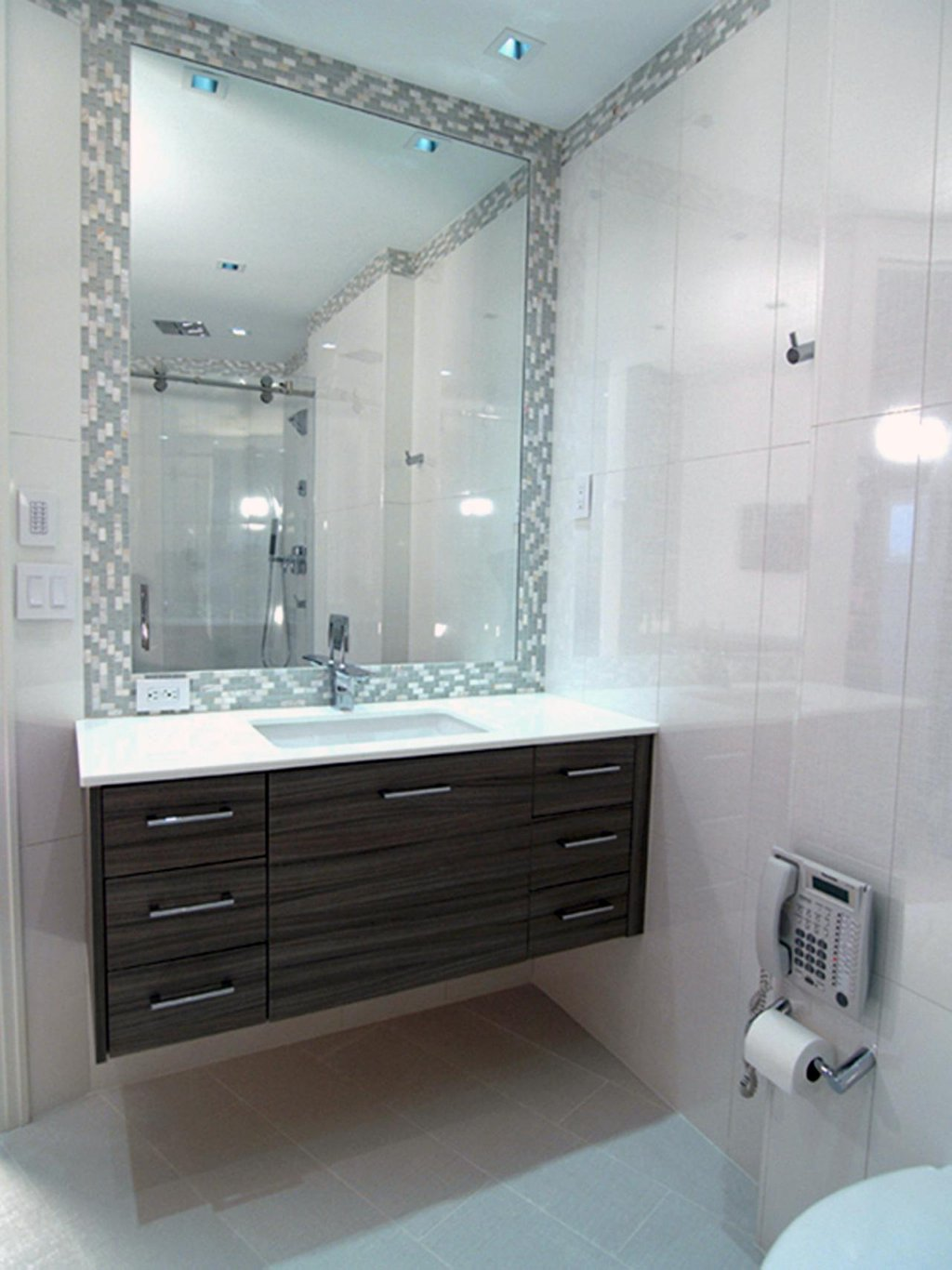 25 Incredible Vanity Small Bathroom Shower Stalls For Small Bathrooms