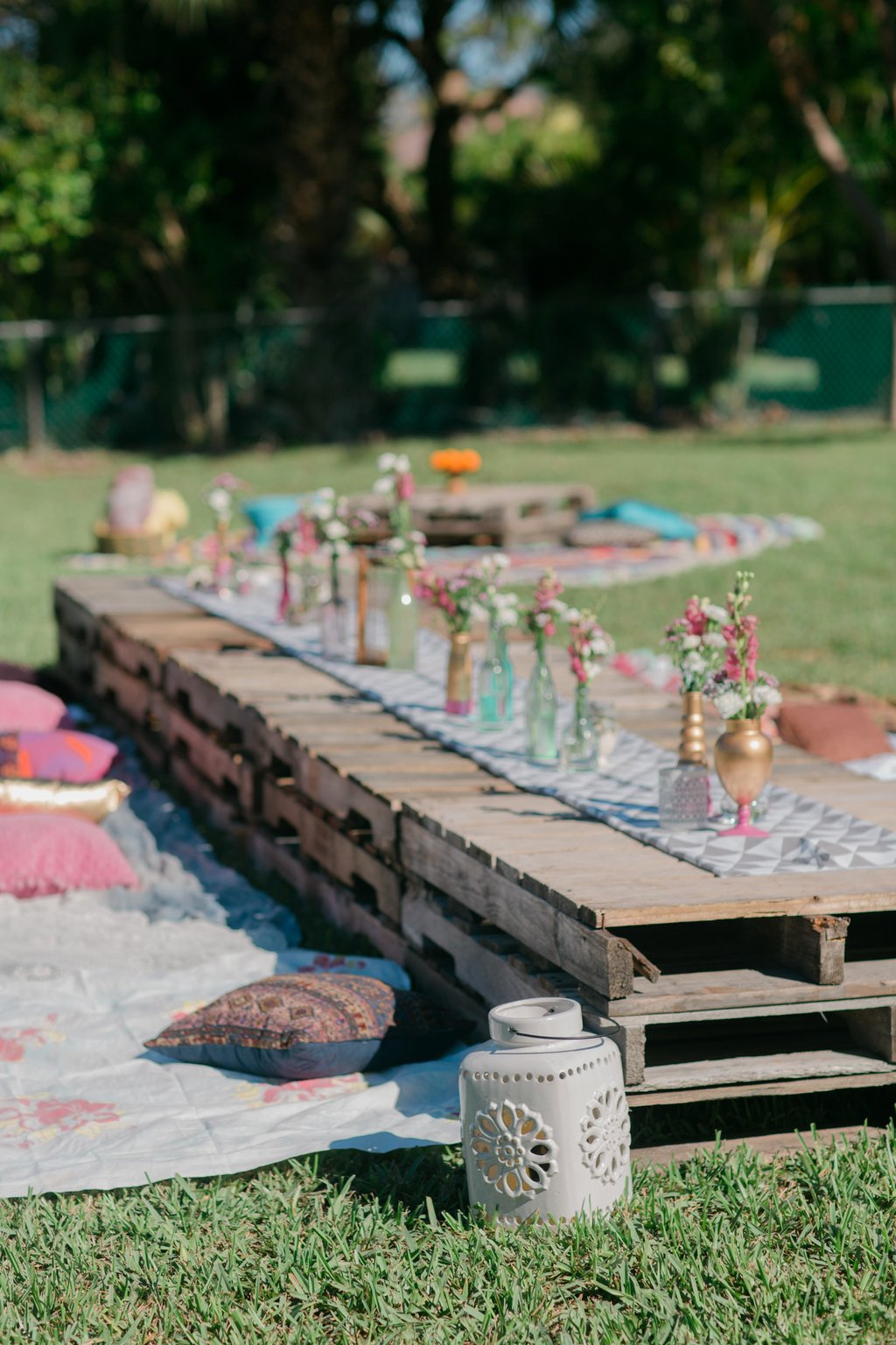 50 Outdoor Party Idea Summer Decorating Square Picnic Table
