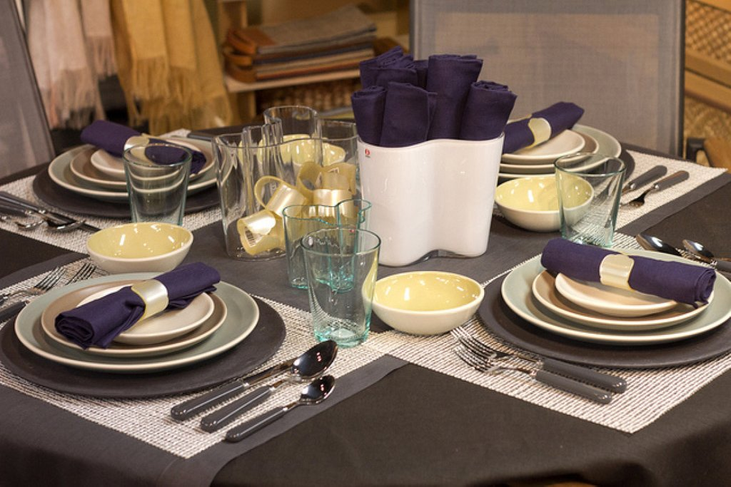 55 Table Setting Idea Everyday Homegood Dining Making Dining Room Table Centerpieces