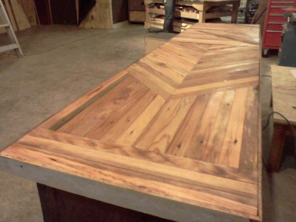 Advanced Woodworking Salvaged Buffet Table Buildipedium How To Build Round Wood Table Tops