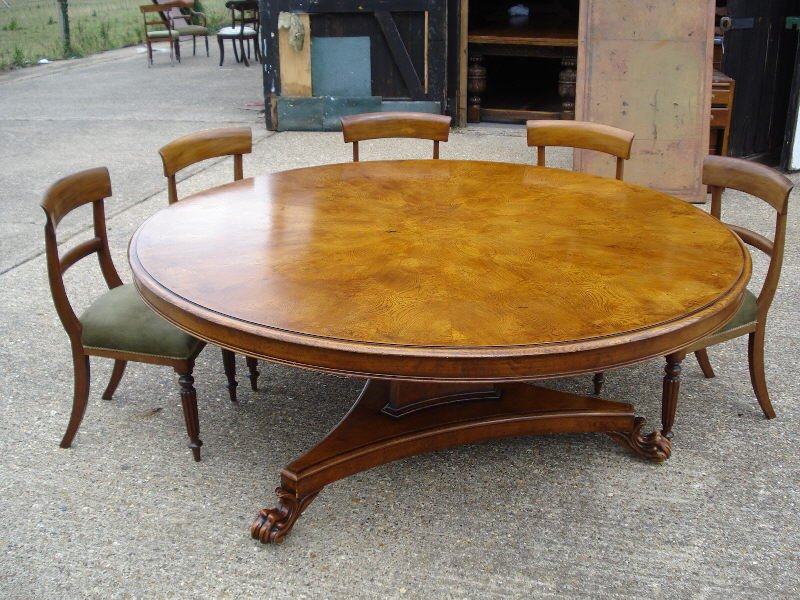 Antique Furniture Warehouse Large Dining Table Classic Round Extendable Dining Table
