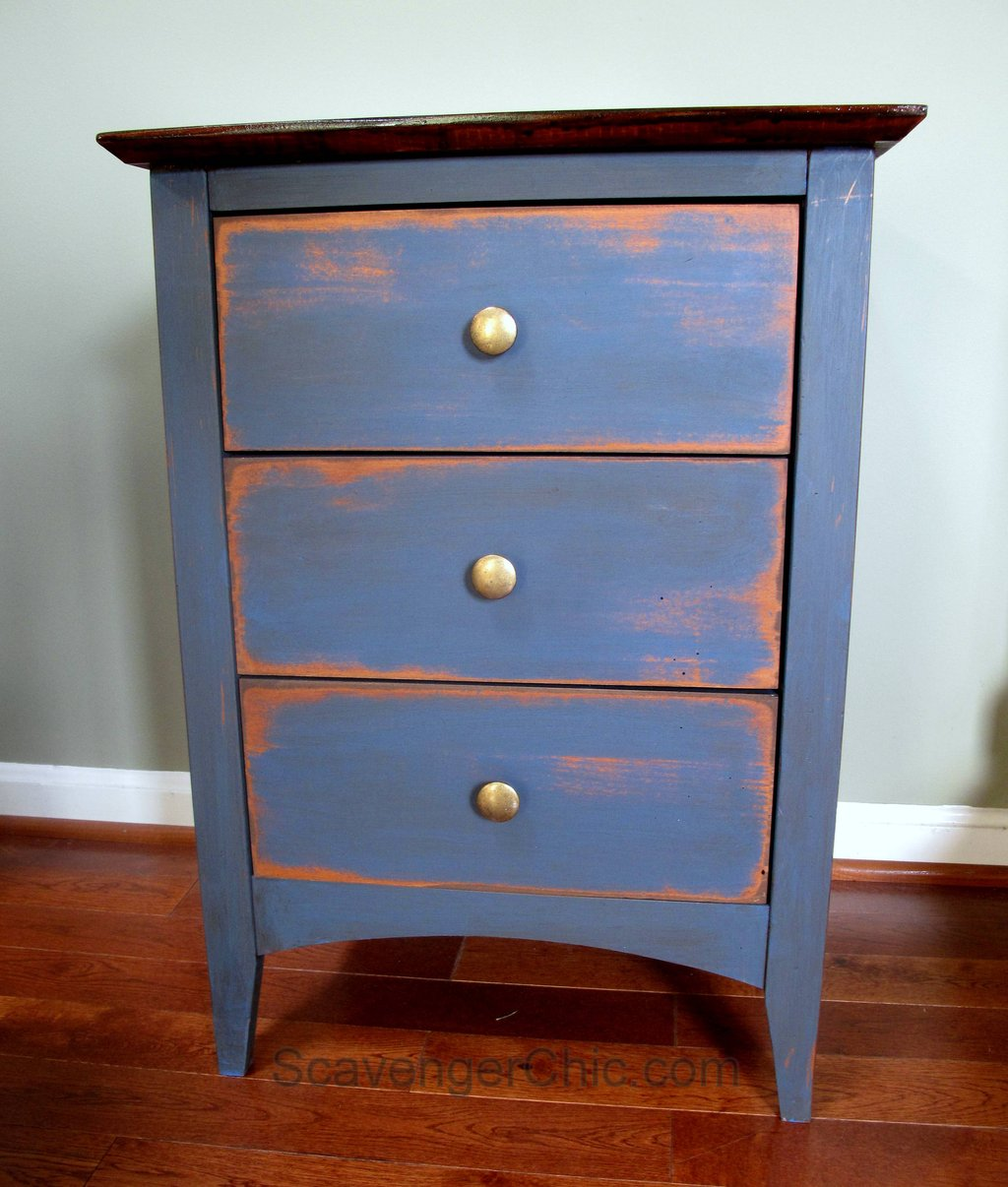 Blue Side Table Scavenger Chic How To Reclaimed Wood Side Table