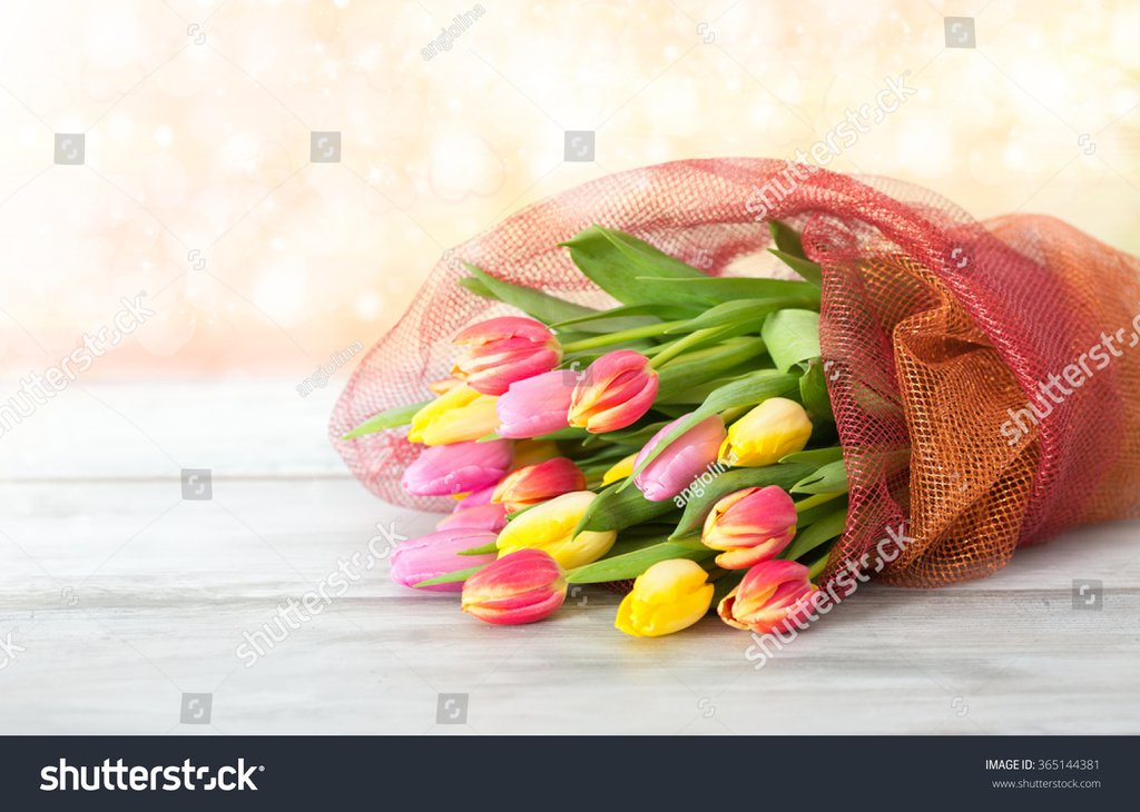 Bouquet Tulip Table Stock Photo 365144381 Shutterstock Ideas Decorating Tulip Table
