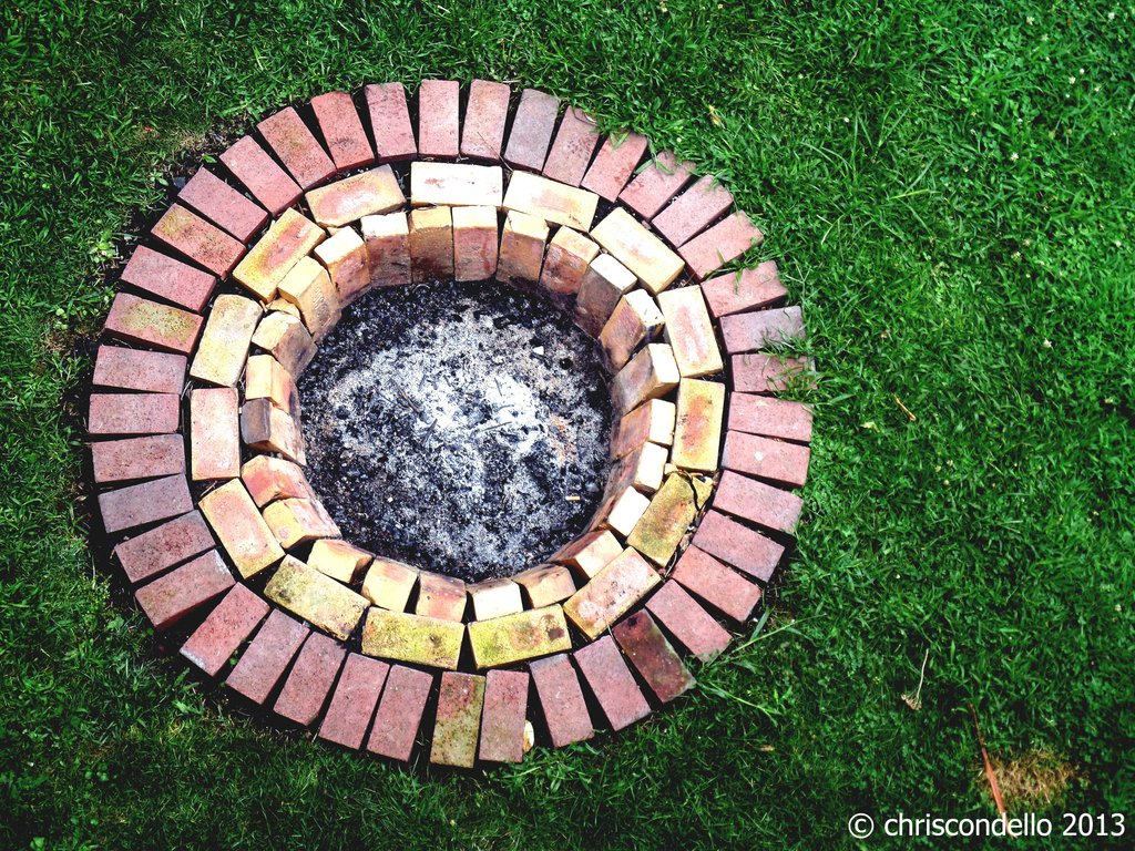 Brick Fire Pit Ship Design Pit Outdoor Landscaping Idea Making Fire Pit Coffee Table