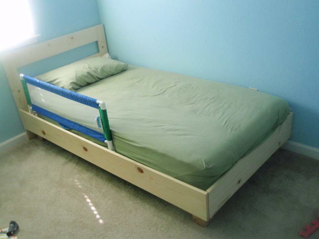 Build Twin Bed Plan Diy Craft Woodworking Taboo25hmc How To Build A Wood Twin Bed Frame
