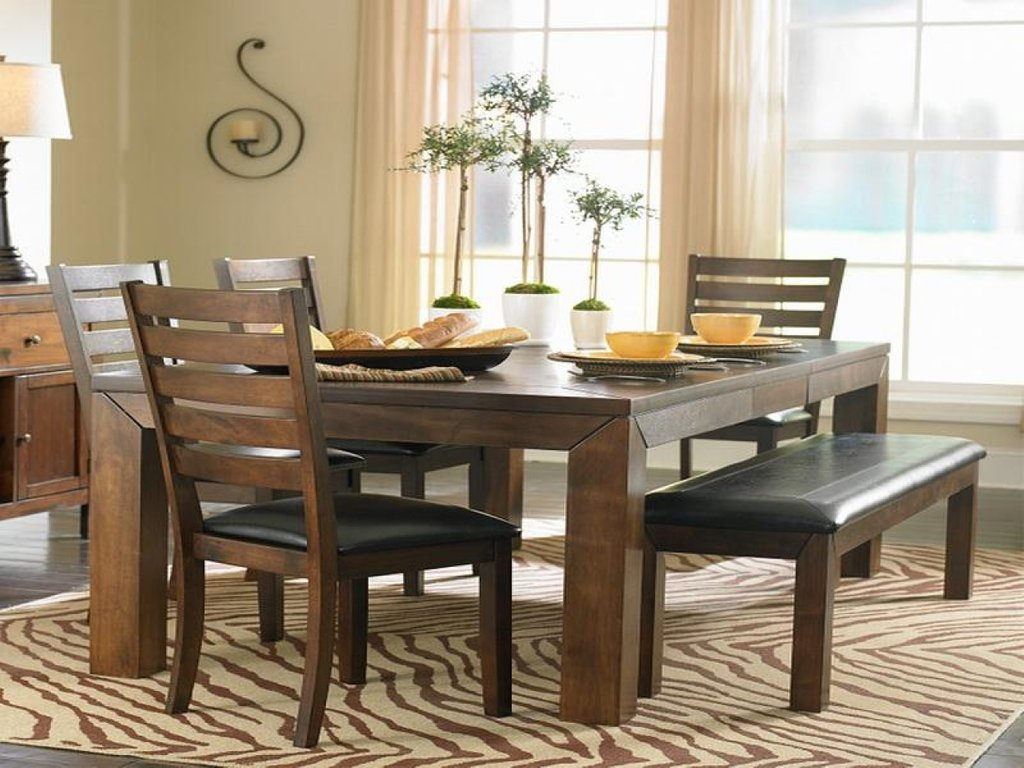 Centerpiece Dining Room Tables Small Apartment Dining Room Table Centerpieces Ideas