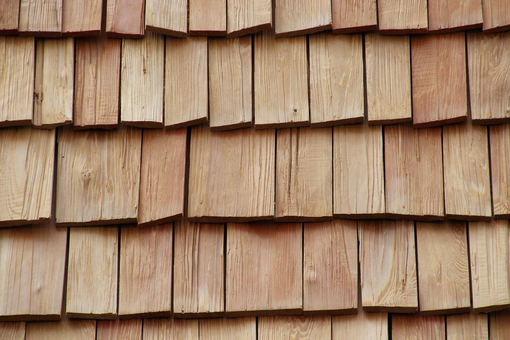 Choosing Wood Shingle Roof Basic Woodworking Wood Shake Siding Installation