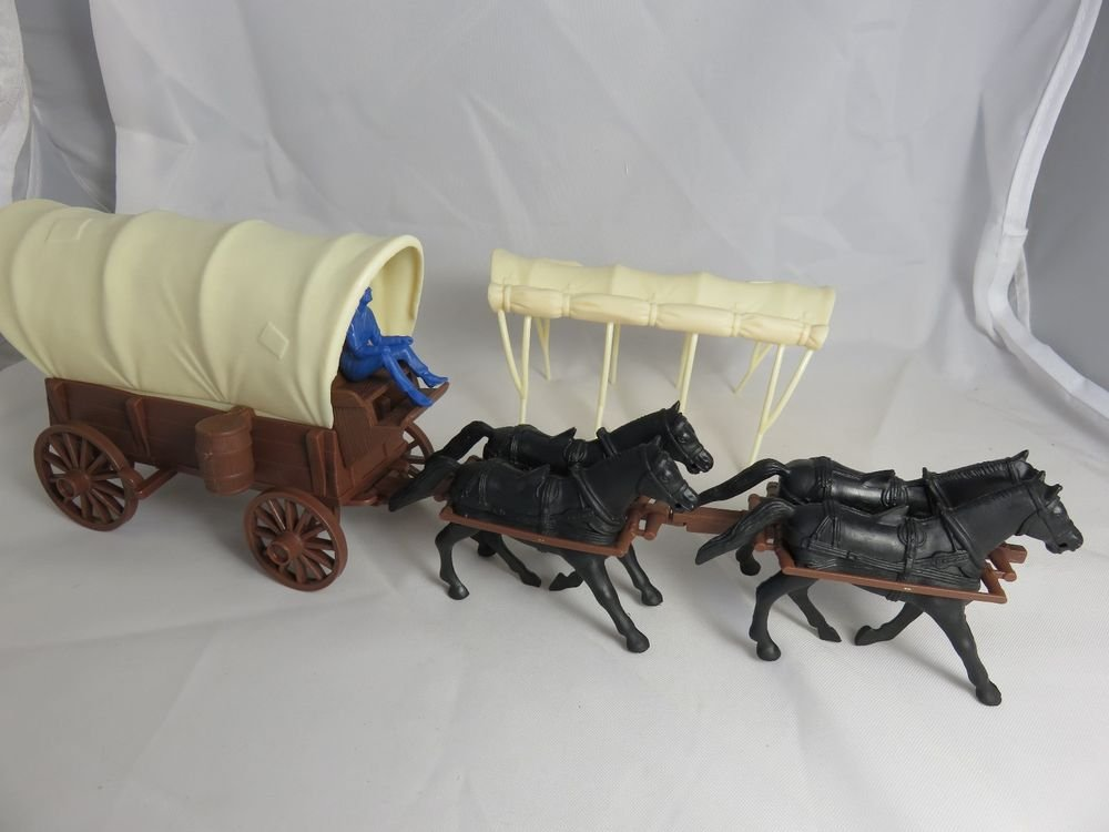 Classic Toy Soldiers Marx Western Covered Wagon 1 32nd Wicker Dresser And Nightstand