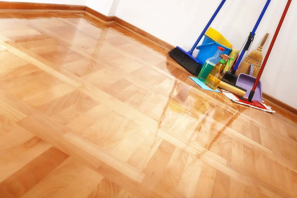 Clean Wood Floor Vinegar Staining Wood Floors With Dark Color