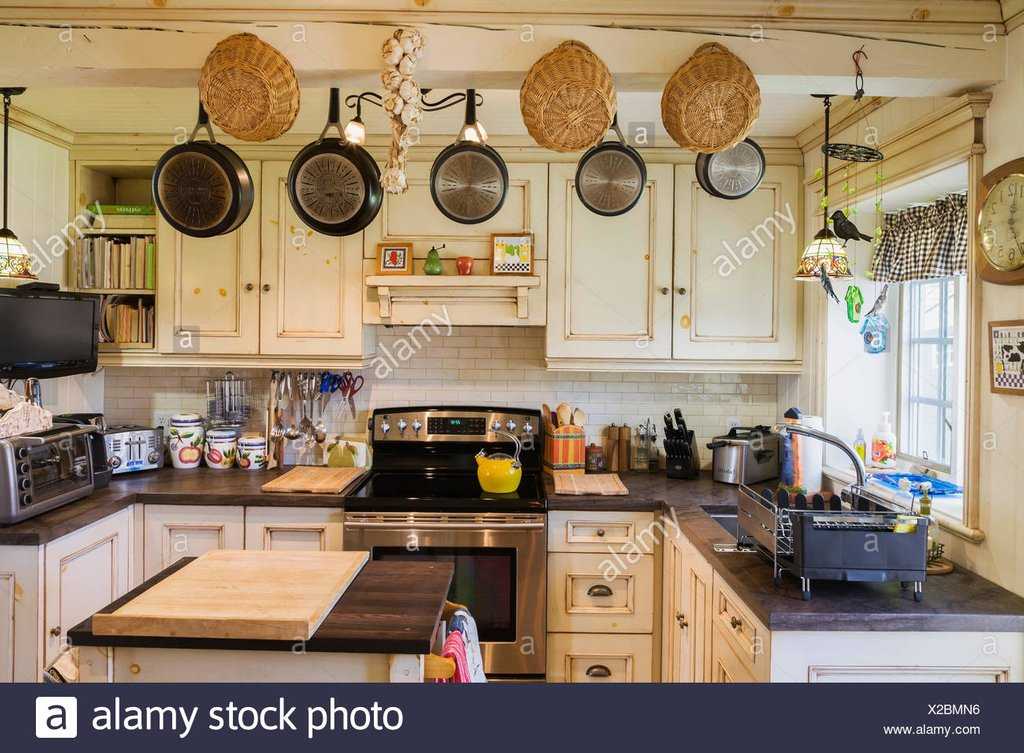 Cottage Interior Kitchen Stock Photo Cottage Mild Soap For Slate Tile Flooring