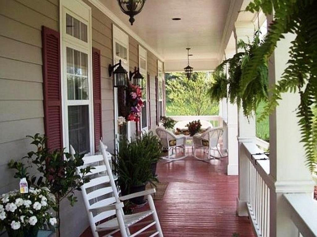 Country Front Porch Idea Thehrtechnologist Cozy Painted The Wicker End Tables