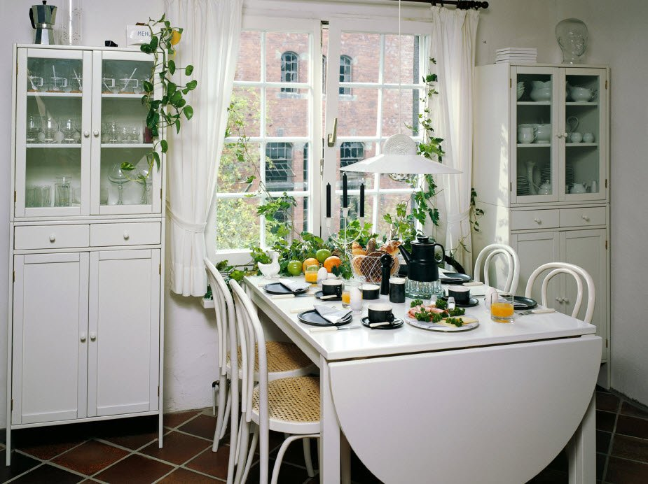 Cute Small Dining Space Extendable Dining Table Ideas