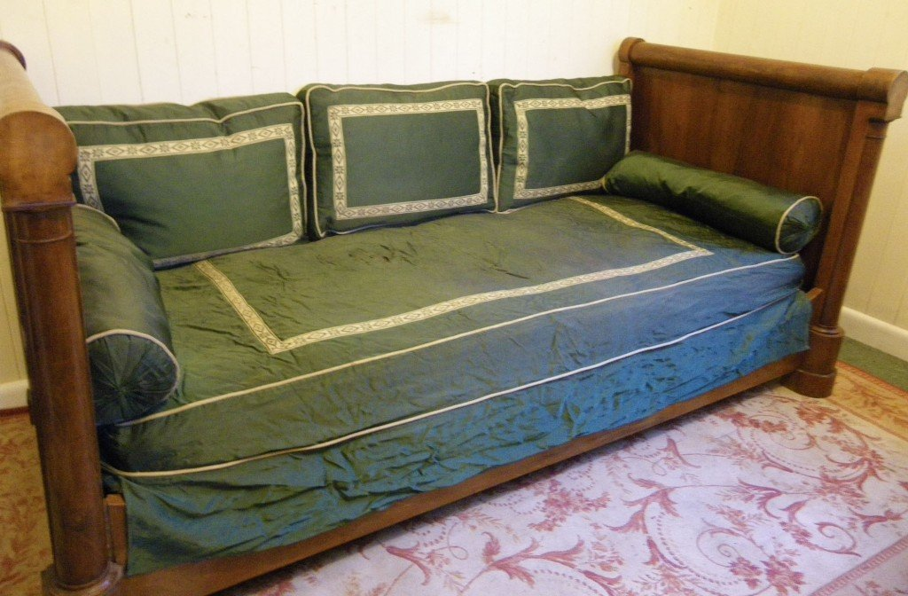 Daybed Mattress Cover Inspire Ideas To Make Own Canopy For Daybed Sofa
