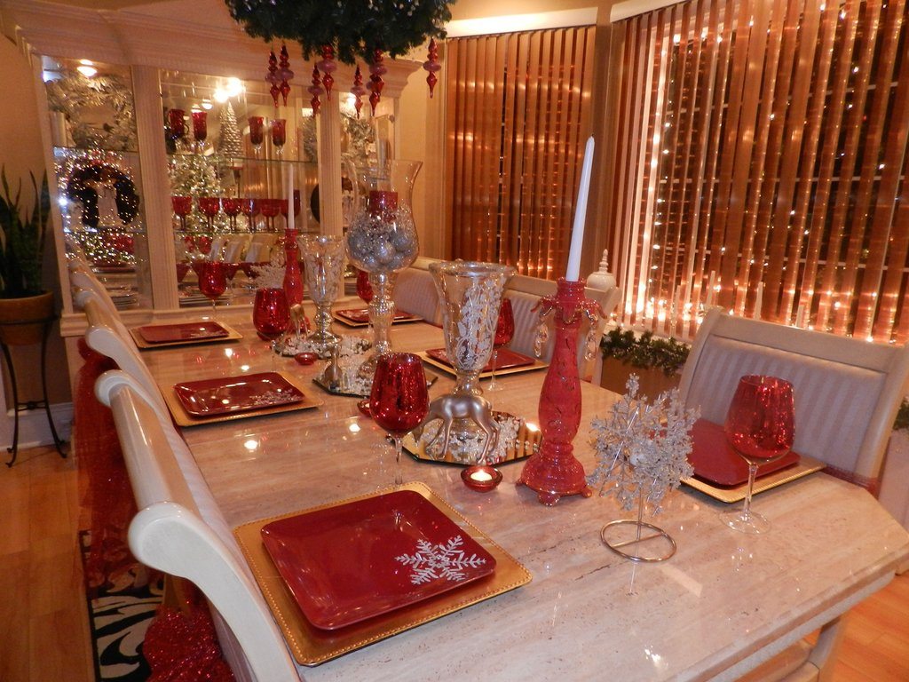 Dining Room Table 2013 Christma Decorating Idea Dining Room Table Centerpieces Ideas