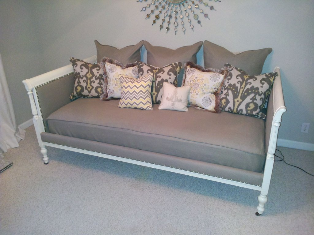 Diy Daybed Decorating Idea Guideline To DIY Tufted Headboard