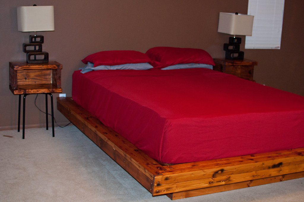 Diy Upholstered Platform Bed Bed Breakfast Niagara Fall How To Build A Wood Twin Bed Frame