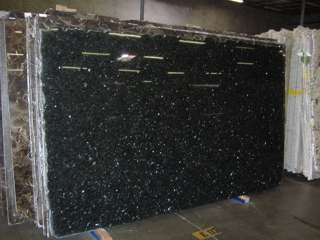 Emerald Pearl Granite Countertop Pictures Emerald Pearl Black Galaxy Granite Tile Backsplash