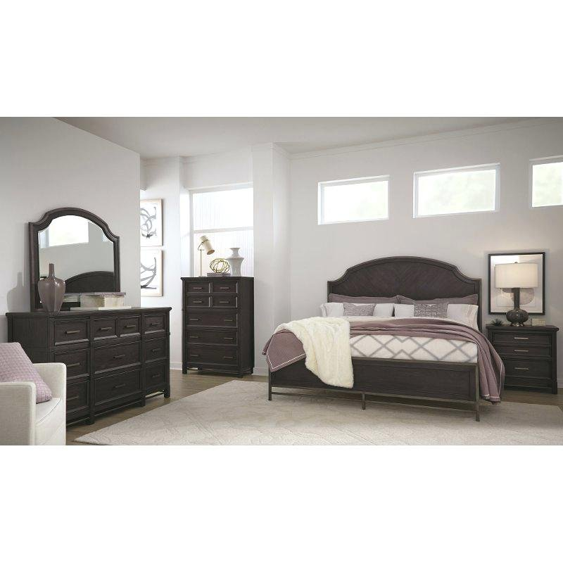 Grafton Bed Lodge Motel South Grafton Rose Bed Mirrored Nightstand And Dresser