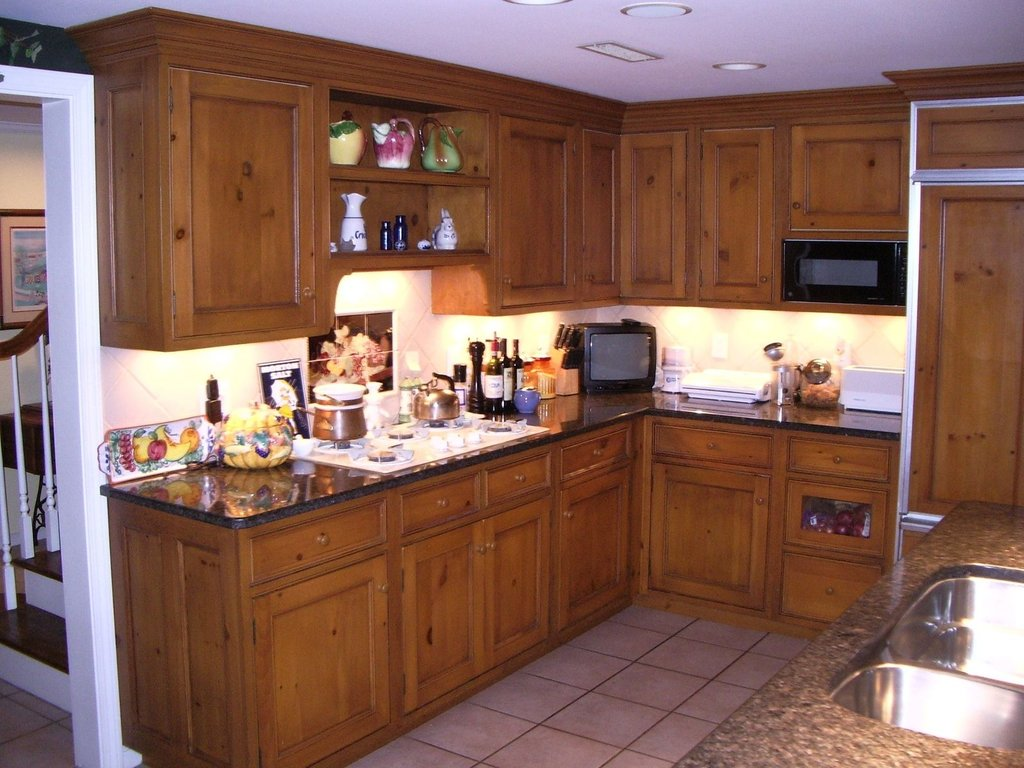 Handmade Knotty Pine Kitchen Edko Cabinet Llc Knotty Pine Cabinets