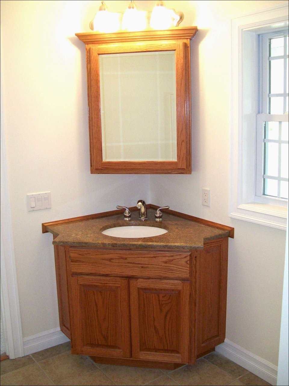High Quality Bathroom Cabinet Solid Wood Vanity Units For Bathrooms