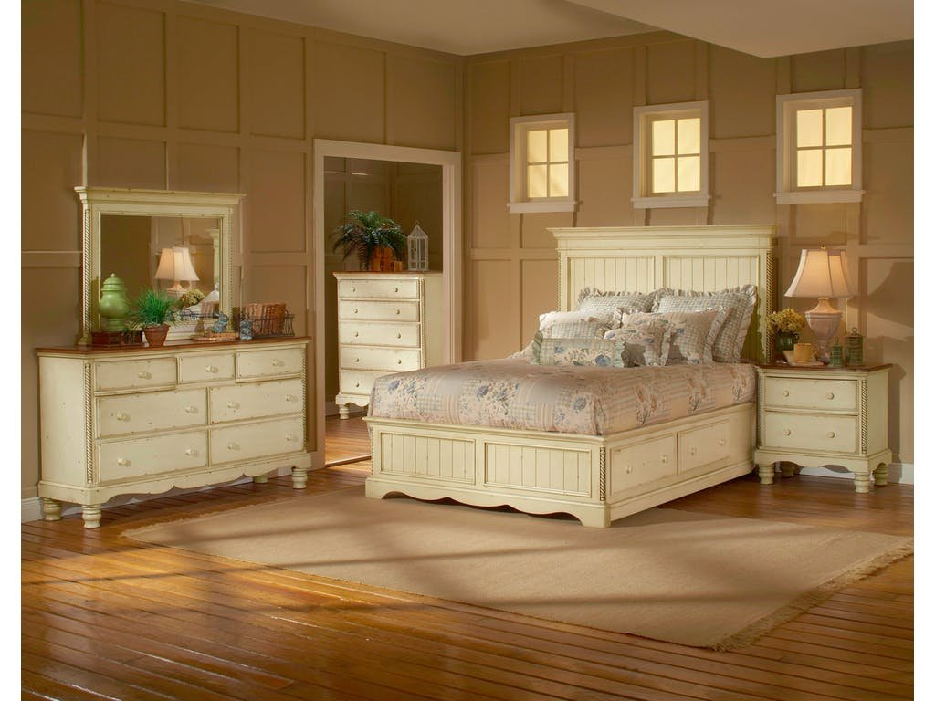 Hillsdale Furniture Bedroom Wilshire Panel Bed Queen Make Wooden Narrow Dresser Easier For The Drawer Slide