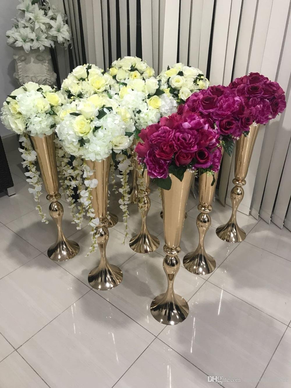 Hot Sell Shiny Gold Wedding Flower Vase 75 Cm Tall Table Dining Room Table Centerpieces Ideas