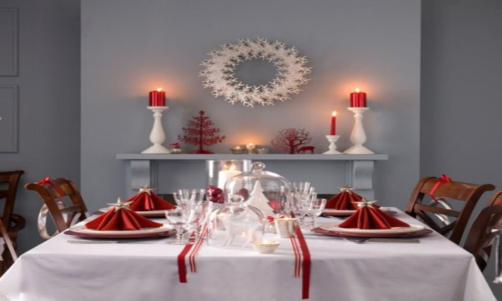 Indoor Outdoor Dining Table Red Christma Table Dining Room Table Centerpieces Ideas
