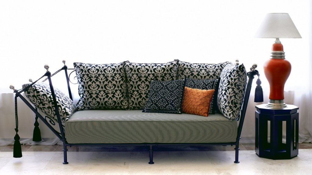Iron Sofa Design Wrought Iron Sofa Wrought Iron Design How To Restore Wrought Iron End Tables