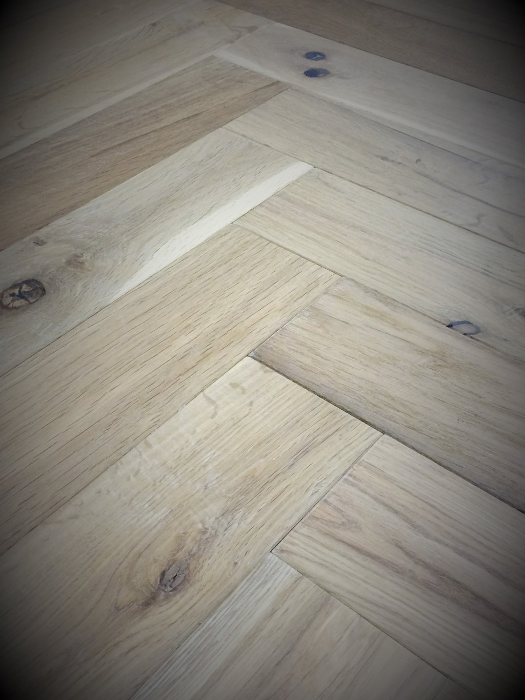 White Washed Laminate Flooring With Vinegar Loccie