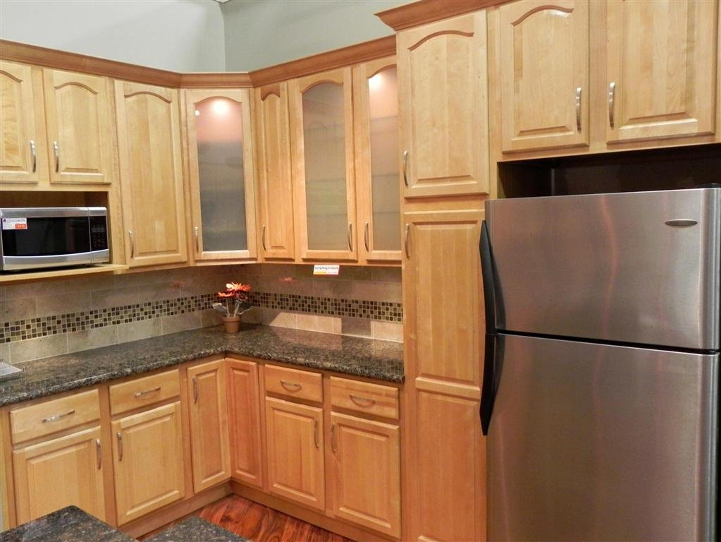 Natural Maple Kitchen Cabinet Photo Maple Kitchen Rustic Maple Kitchen Cabinets
