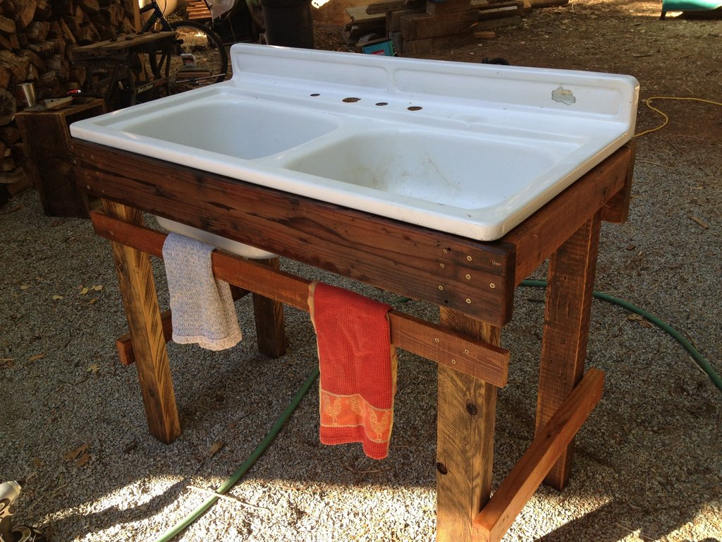 Outdoor Sink Repurposed Wood Sink Cast Iron Kitchen Sinks Color