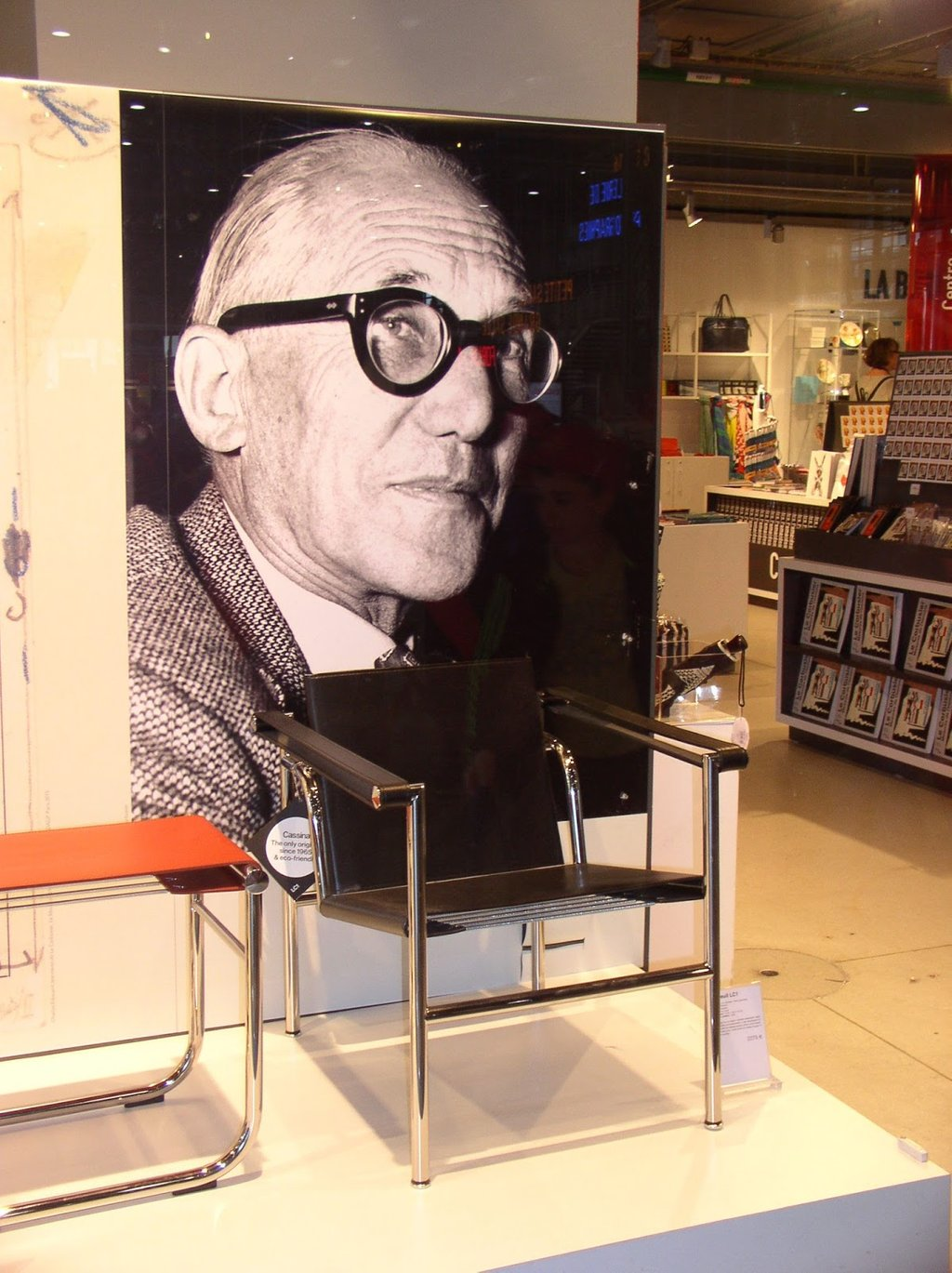 Pari Love Le Corbusier Pompidou Center Design Le Corbusier Chair