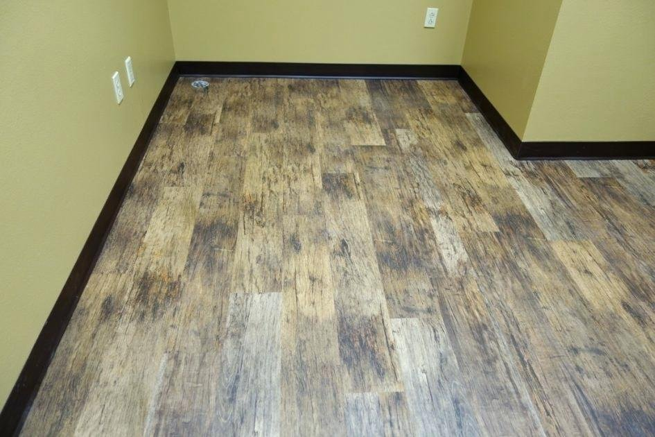 Peel Stick Laminate Sticky Laminate Flooring The Easiest Way To Remove A Peel And Stick Laminate Flooring