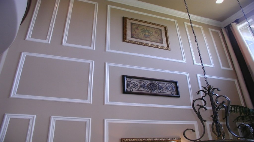 Picture Frame Moulding Wall Crown Molding Idea Crown Dining Room Table Centerpieces Ideas