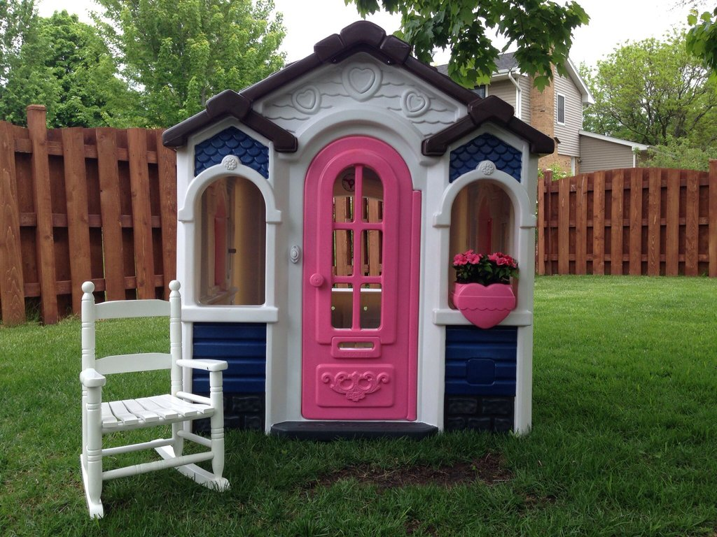 Playhouse Makeover Valspar Spray Paint Plastic Durability Of Kids Wooden Playhouse