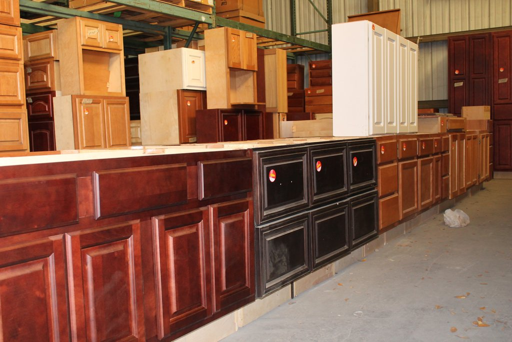 Real Wood Kitchen Cabinet Lakeland Liquidation How To Build Shaker Cabinet Doors Style