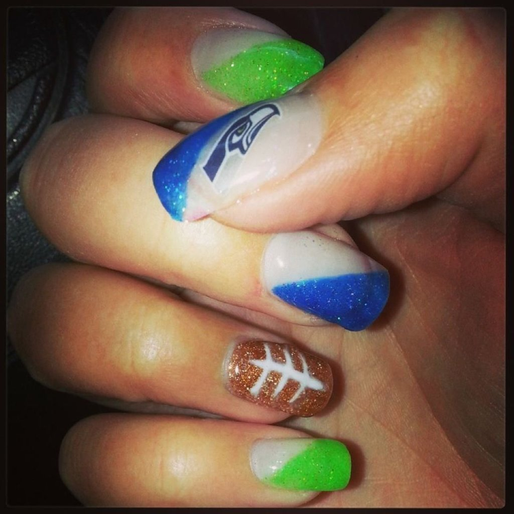 Seattle Seahawk Nail Art   Christmas Light Ideas, Gorgeous Christmas Lighting Collections