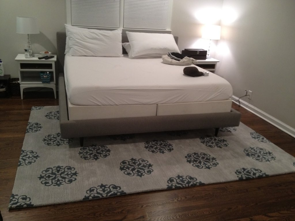 Size Rug Put Queen Bed Area Rug Idea Making Wooden Queen Bed Frame