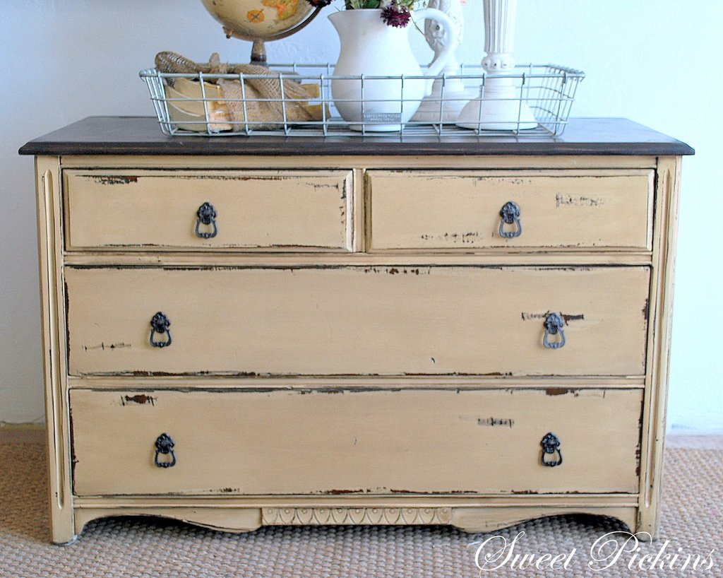 Small Dresser Sweet Pickin Furniture Make A Dresser Look Distressed Dresser