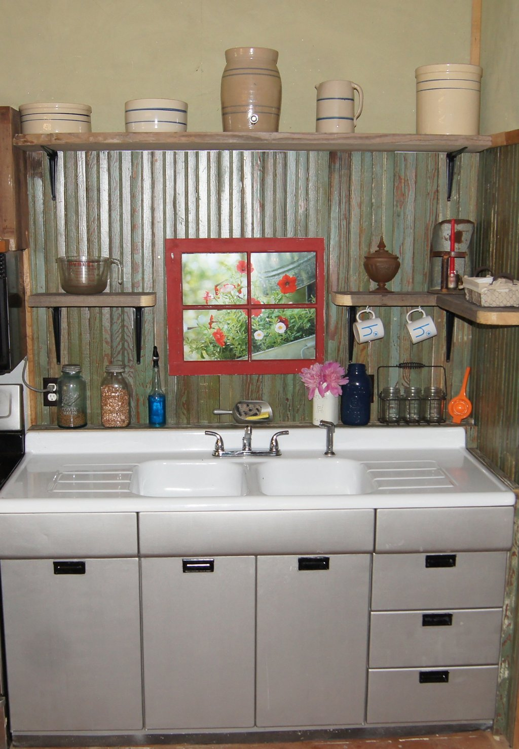 Small Rustic Kitchen Makeover Repurposed Life Ideas Rustic Kitchen Tables