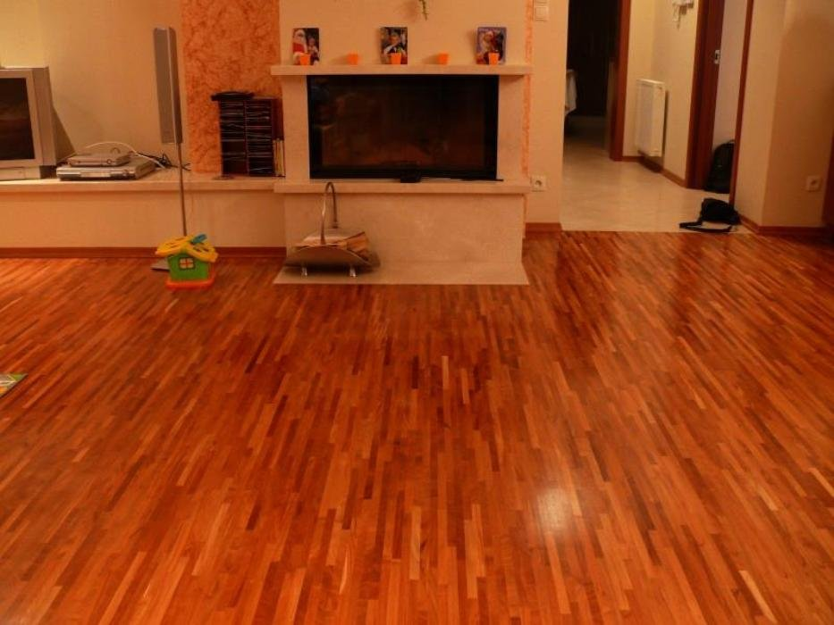 Brazilian Cherry Laminate Flooring Loccie Better Homes