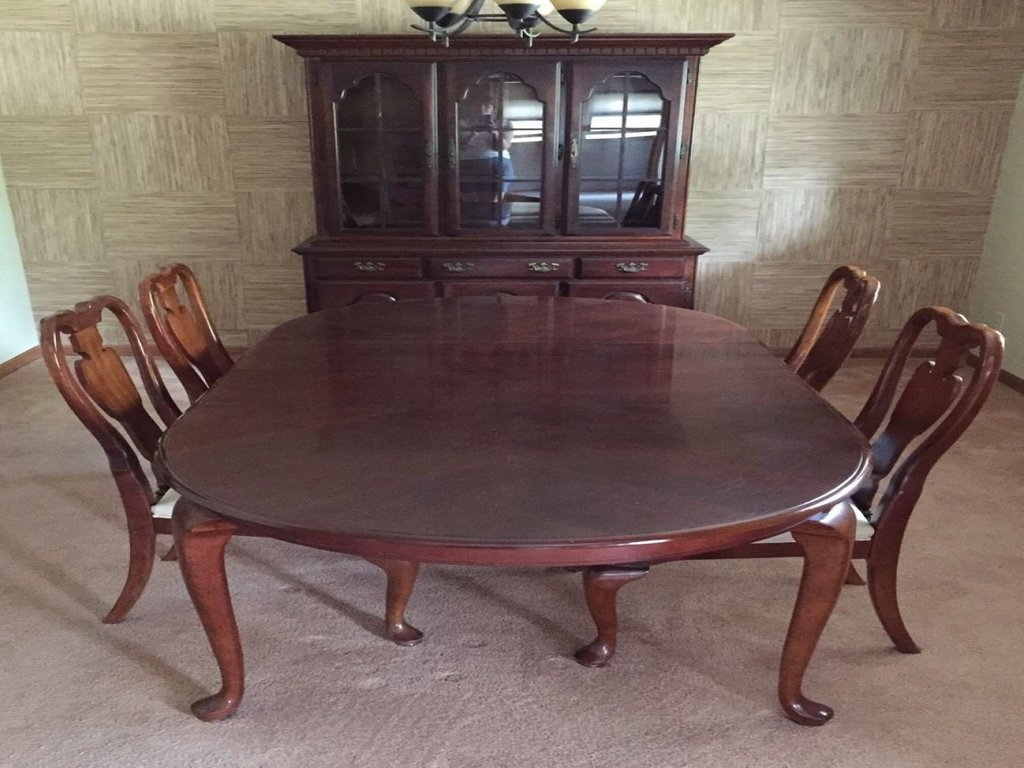 Traditional Dining Room Chairs China Cabinet Dining Room Making Dining Room Table Centerpieces