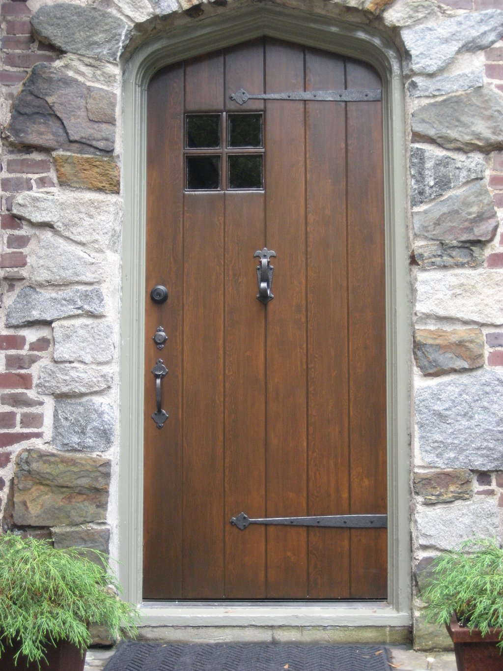 Vintage Solid Wood Exterior Door Black Metal Solid Wood Exterior Doors