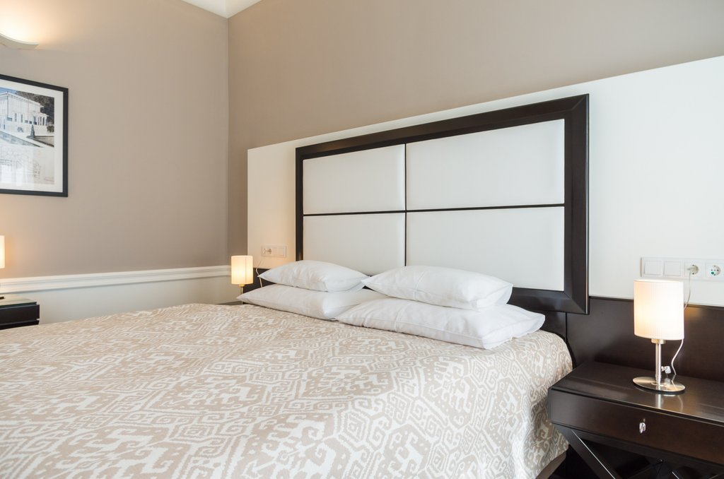 Water Bed Cost Idea Melthphx How To Build A Wood Twin Bed Frame