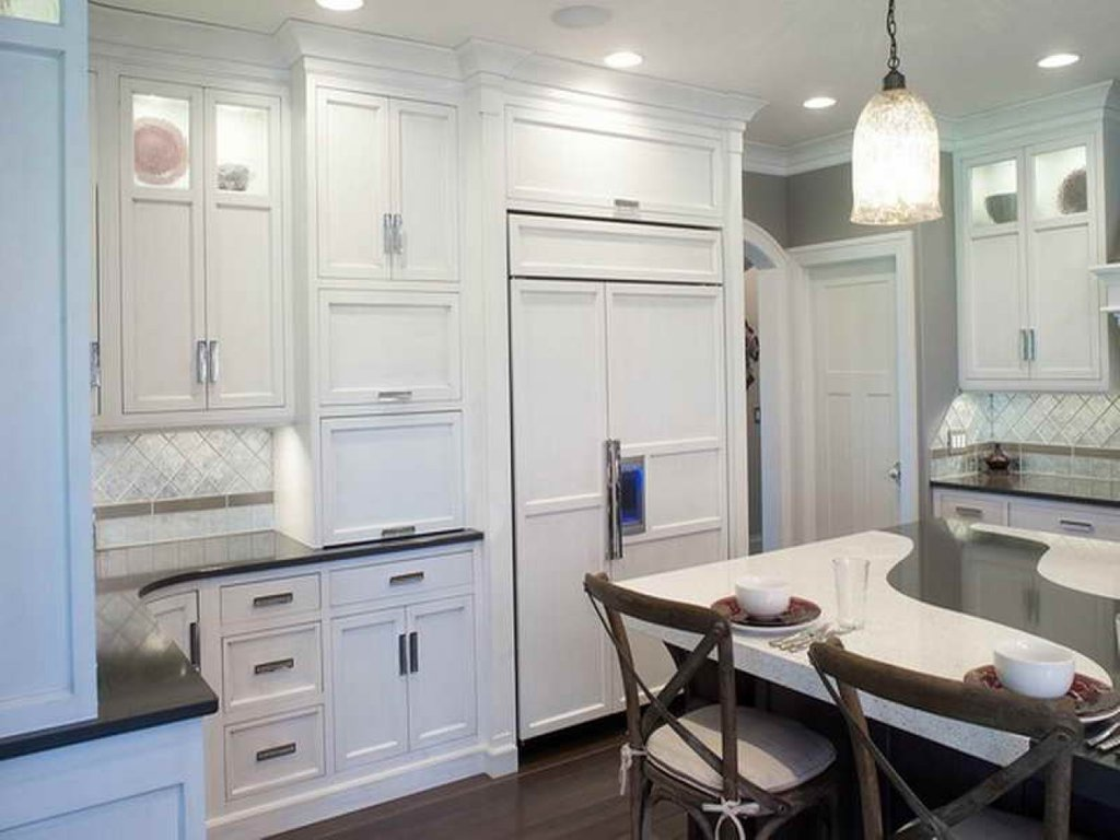 White Kitchen Cabinet Handles Home Hardware Kitchen Kitchen Cabinet Hardware Pulls Installation