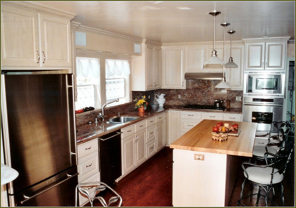 White Mission Style Kitchen Cabinet Home Design Idea Shaker Style Kitchen Cabinets Ideas