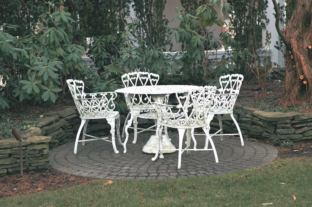 White Vintage Wrought Iron Patio Furniture Tedxumkc How To Design Rustic Console Table
