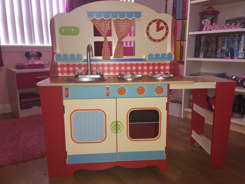 Awesome Wooden Kitchen Playsets